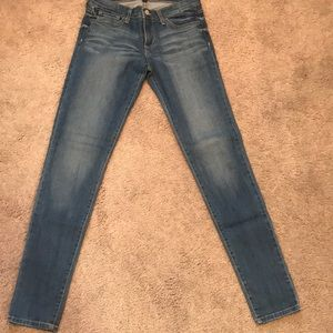 light/dark jeans